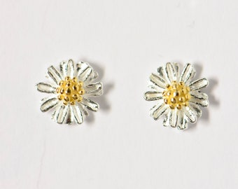 Ear stud Margarite, about 5 mm