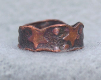 Hand forged and textured copper wedding ring with stars, organic unique hippie band, rustic wide his and her copper ring, US size 5