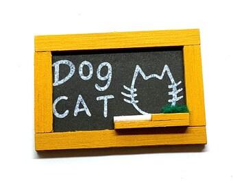 Miniature Chalkboard Cat Dog Design Chalk Dollhouse Child Home Decor Miniatures - 1166 E