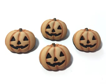 Carved Pumpkin Halloween Buttons Galore Happy Jack Shank Back - H107 C