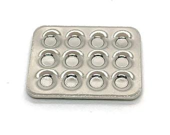 Miniature Muffin Tins Dollhouse Kitchen Food Miniatures -  1162 L