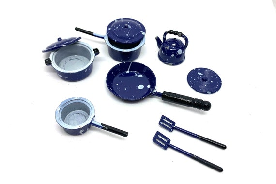 Pans *** SALE *** Dollhouse Miniature Black Spatter ware 2 Cooking Pots