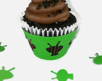 Alien Cupcake Wrappers - Cupcake Wrappers - Birthday Cupcake Wrappers - Alien Wrappers - Outer Space Cupcake Wrappers
