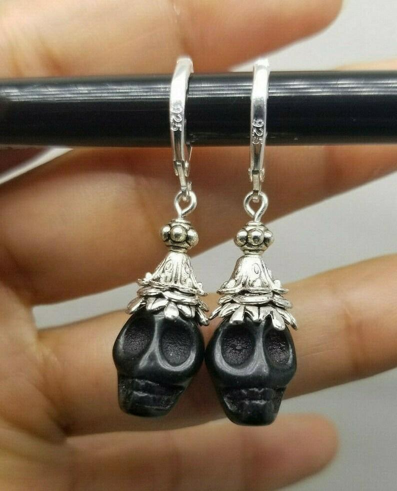 925 Sterling Silver Hook Black Howlite Skull Dangle Earrings J10