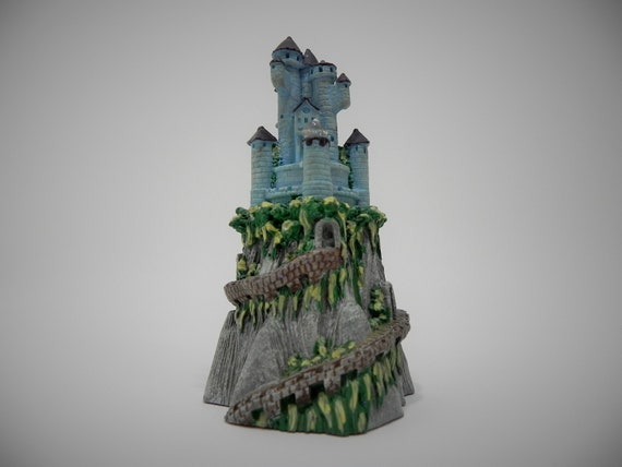 Spoontiques Castle on a Mountain with a Pointed Swarovski Crystal