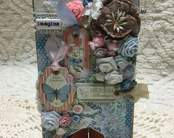 SHABBY CHIC Imagine Pennant - Handcrafted