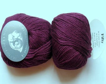 5 balls Burgundy Garnet fifty 207 Merino Wool