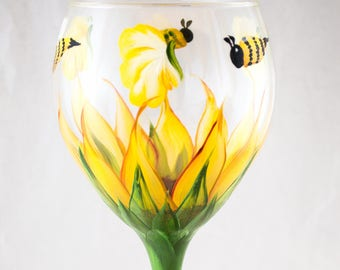 Wine Glasses - 20oz - Each, Set of 2 or 4 - Sunflower Design - 2 colors - #Hand Painted