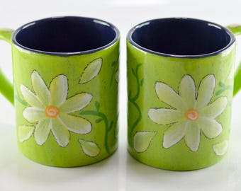 Mugs - 12 oz - Sour Apple Speckle - Daisy Design - #Hand Painted