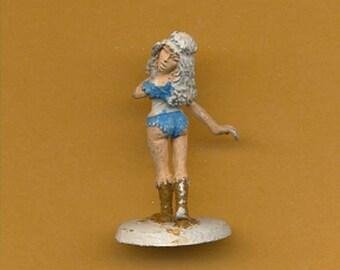 Vintage Ral Partha AD&D Female Thief 25mm Miniature