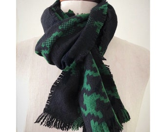 Green Wool Checkered Winter Shawl Scarf