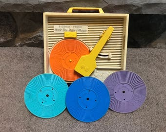 Vintage 1971 Fisher Price Music Box Record Player With 4 Records
