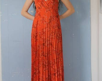 31541cf2f5 Vintage 70s Maxi Dress Halter Neck Pleats Boho