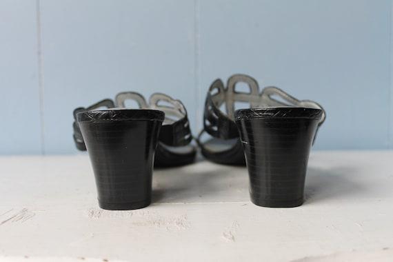 Vintage 90s Black Strappy Block Heel Mules/Women'… - image 4