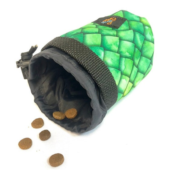 RIVER Dog Training Treat Bag Drawstring Pouch with Belt Clip - Green Scale
