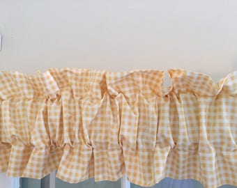 Ruffled Sleeve Window Topper/Valance