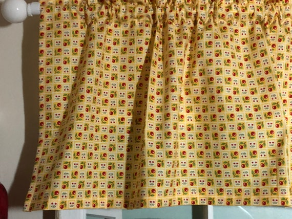 Cherries on Yellow Kitchen Valance ~ 42 Inches Wide