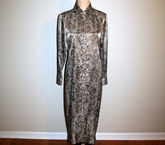 Silky Long Sleeve Dress Shift Womens Size 8 Snake