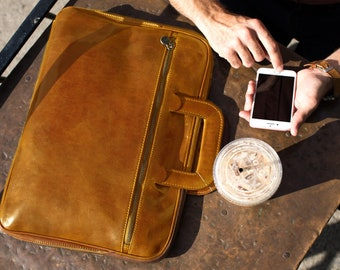 9511789cb926a Floto Firenze Slim Briefcase Messenger Bag in Brown Full Grain Calfskin  Leather (141324OLIVE)