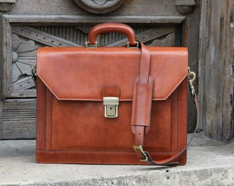 a07ea155b Italian Leather Bankers Briefcase, Attache, Laptop Bag, Leather Lawyers Bag,  Shoulder Bag, Gift for Him, Mens Briefcase
