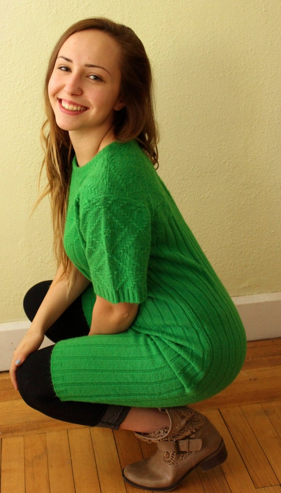 Vintage Sweater Green with Envy Sweater Dress Kel… - image 4