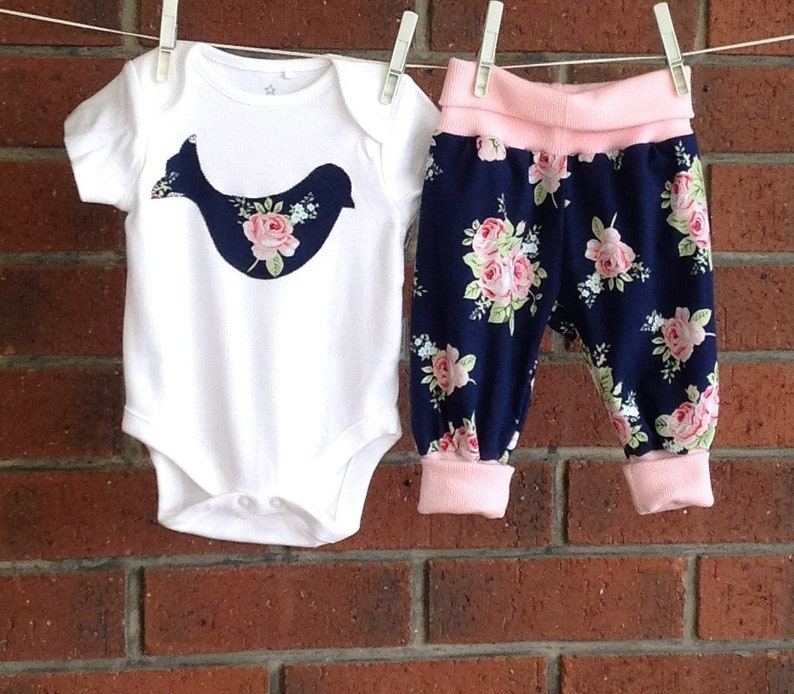 Baby girl 2 piece navy and pink rose floral clothing set new image 0