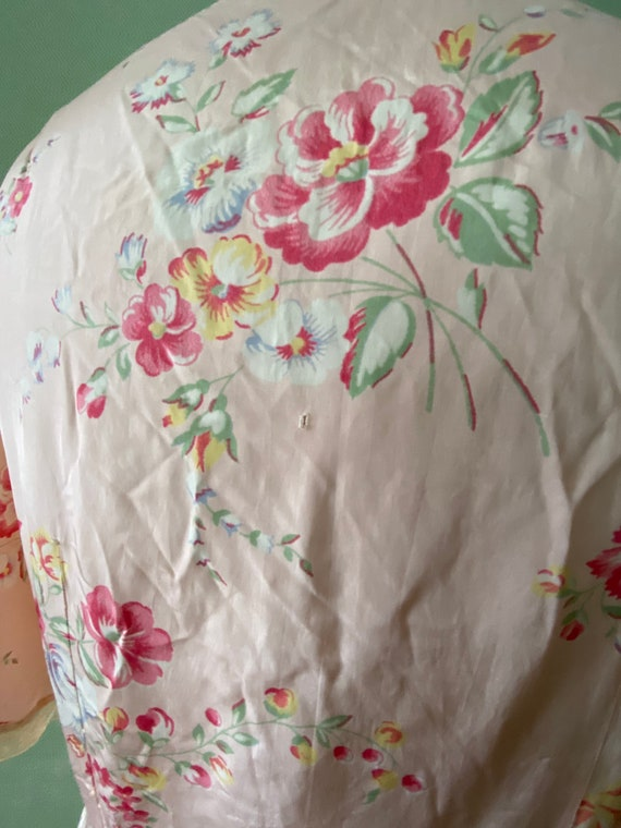 1940's cold rayon floral print robe - image 6