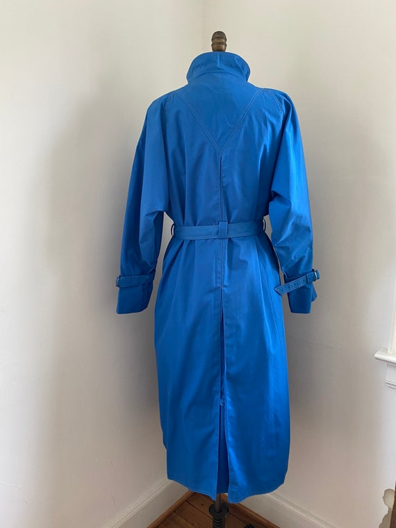 Pauline Trigere vintage 1980s blue trench coat - image 8