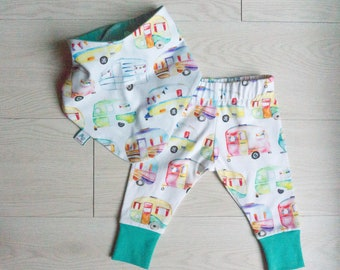 Baby shower gift leggings - teething baby set camping - bib and leggings - happy camper baby gift - welcome home gift baby - Fourth of July
