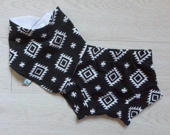 1st birthday boy - smash-cake outfit - baby shorts - 4th of July baby outfit - black and white boy shorts - hipster baby boy - bibdana boy