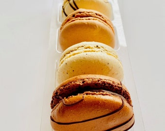 Chocolate lovers 5 pack of macarons