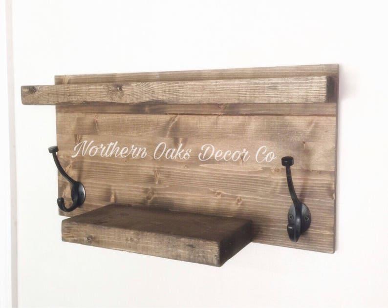 Houten Plank Badkamer : Rustieke badkamer plank rustieke houten plank handdoekrek etsy