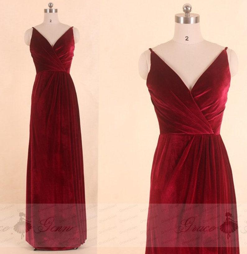 c350333e742 Demoiselle dhonneur robe de velours vin Spagetti bretelles
