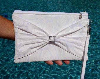 Clutch, Wedding Clutch, Bridal Wristlet, Tropical Bag, Hawaiian Purse in Tropical Leaf Print