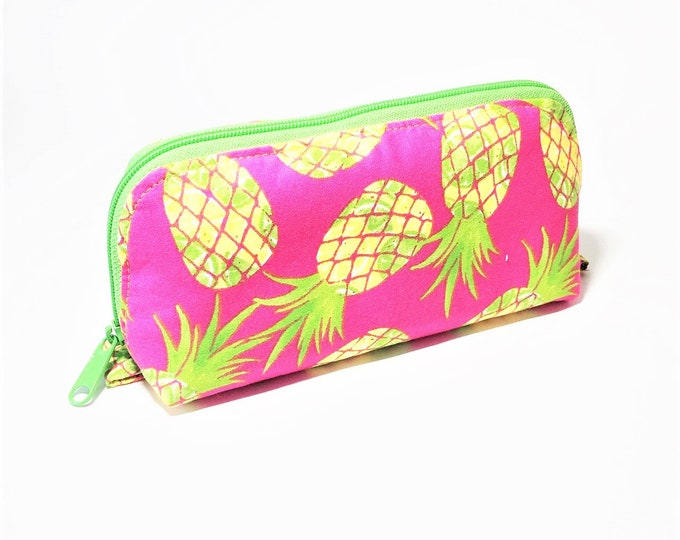 Featured listing image: Essential Oil Bag, Essential Oil Pouch, Oils Storage Bag, Oils Travel Pouch, Dumpling Bag, Oils Carrying Case in Monstera Leaf- Large