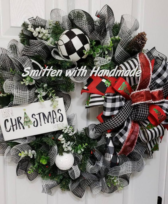 Buffalo Check Christmas Wreath.Buffalo Check Christmas Wreath Black And White Buffalo Check Farmhouse Evergreen Wreath Buffalo Check Christmas Simple Farmhouse Wreath