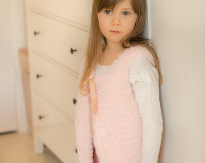KNITTING PATTERN easy fur vest Marla (baby to adult XL sizes)