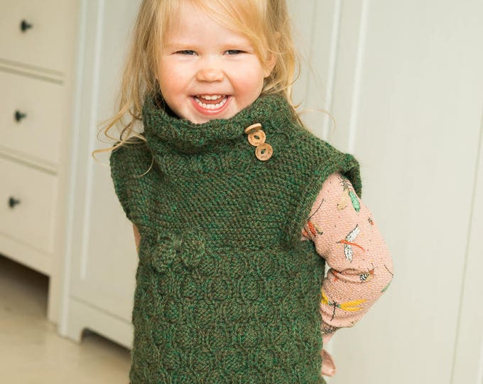 KNITTING PATTERN kids vest Moira with a bow and collar (toddler and kids sizes)