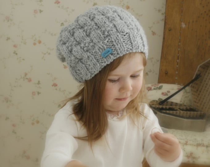 KNITTING PATTERN slouchy bow hat Lara (toddler, child, adult sizes)