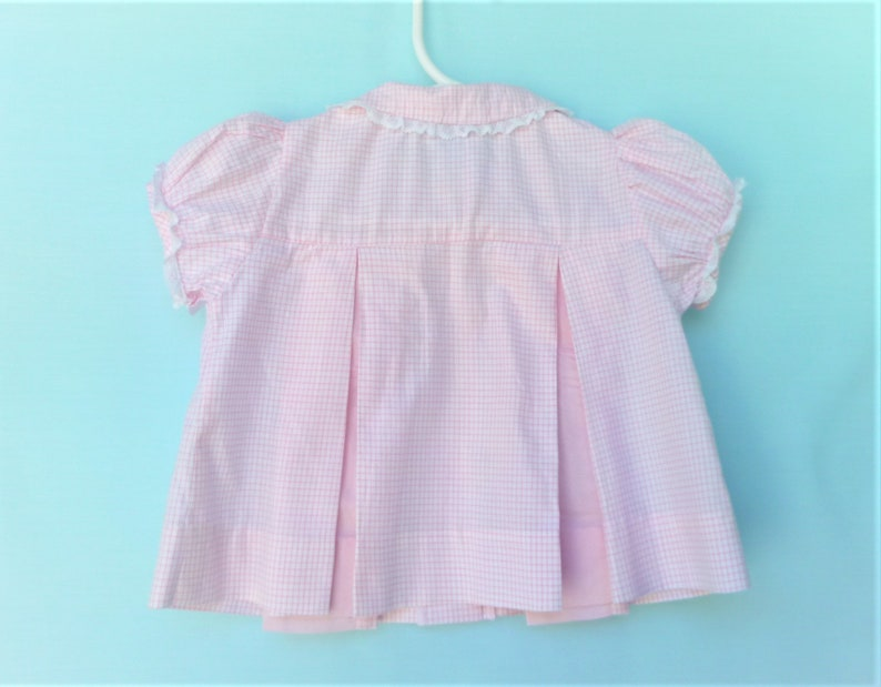 Vintage Infant Top-1960/'s  Pink Grid Print Pleated Blouse or Tunic with Collar   by Top Mates  Size S 0-13 Lbs.