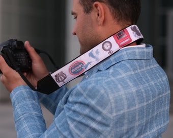 Camera strap with the British flag, Big Ben, Queen's Crown. Personalized camera strap. Great Britain pattern.