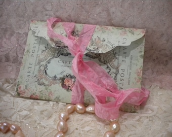 Shabby Chic Vintage Paris Envelope with 6 Note Cards
