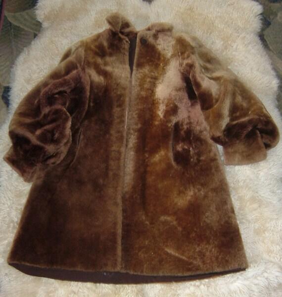 Mouton coat, 1940's, great shape, puff sleeve, sp… - image 5