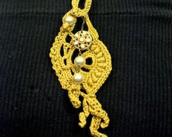Gold Free-form Crochet Pendant Necklace
