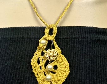 Gold Free-form Crochet Pendant Necklace