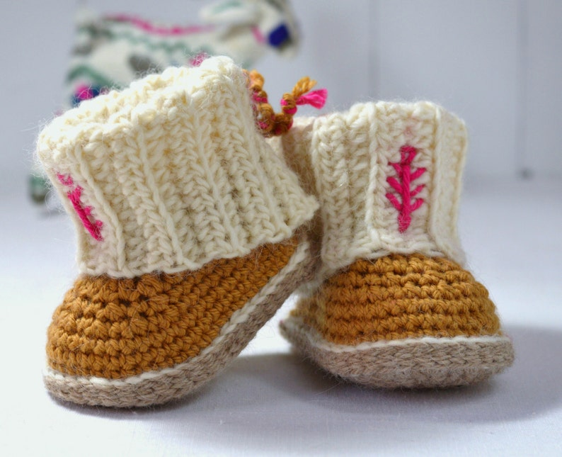 626de3880325 CROCHET PATTERN Baby Booties with Rib Cuffs 3 Sizes Photo