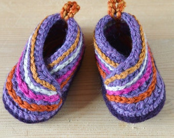 Baby Shoes Crochet Pattern / Wrapover Baby Booties Crochet Pattern /English Only / Baby Kimono Slippers- 3 sizes- Worsted yarn