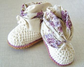 CROCHET PATTERN Baby Booties Baby shoes crochet pattern photo tutorial Digital File instant download