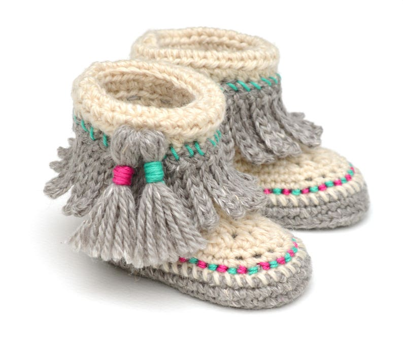 CROCHET PATTERN Baby Moccasins with Tassel Fringe Instructions image 0
