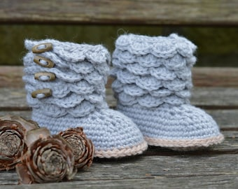 Crochet Pattern for Baby Booties with Scallops Baby Boots Pattern Photo Tutorial Instant Download